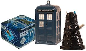 dr. who Tardis And Dalek Salt And Pepper Shaker Set