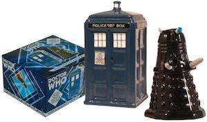 dr. who Tardis And Dalek Salt And Pepper Shaker Set